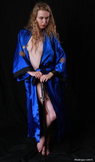Jessie Birmingham en kimono