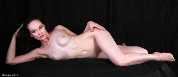 Anne nue
