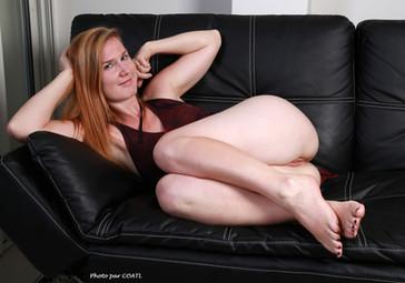 Lucy sur le divan