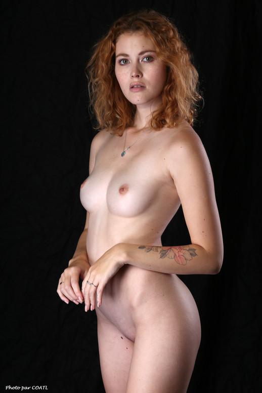 Heidi Romanova, nue tout simplement