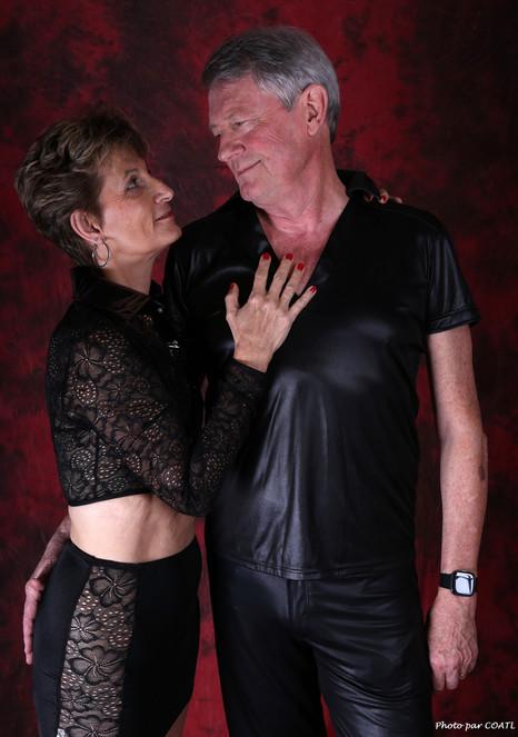 Lory & Edgil, sur rouge & noir