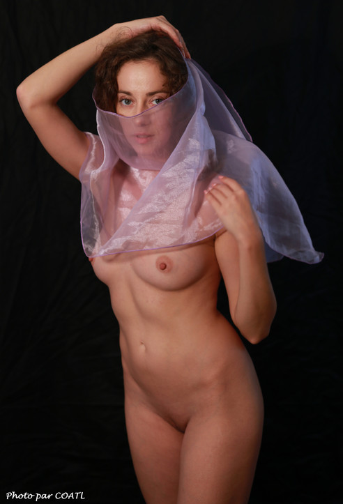 Juliya voilée