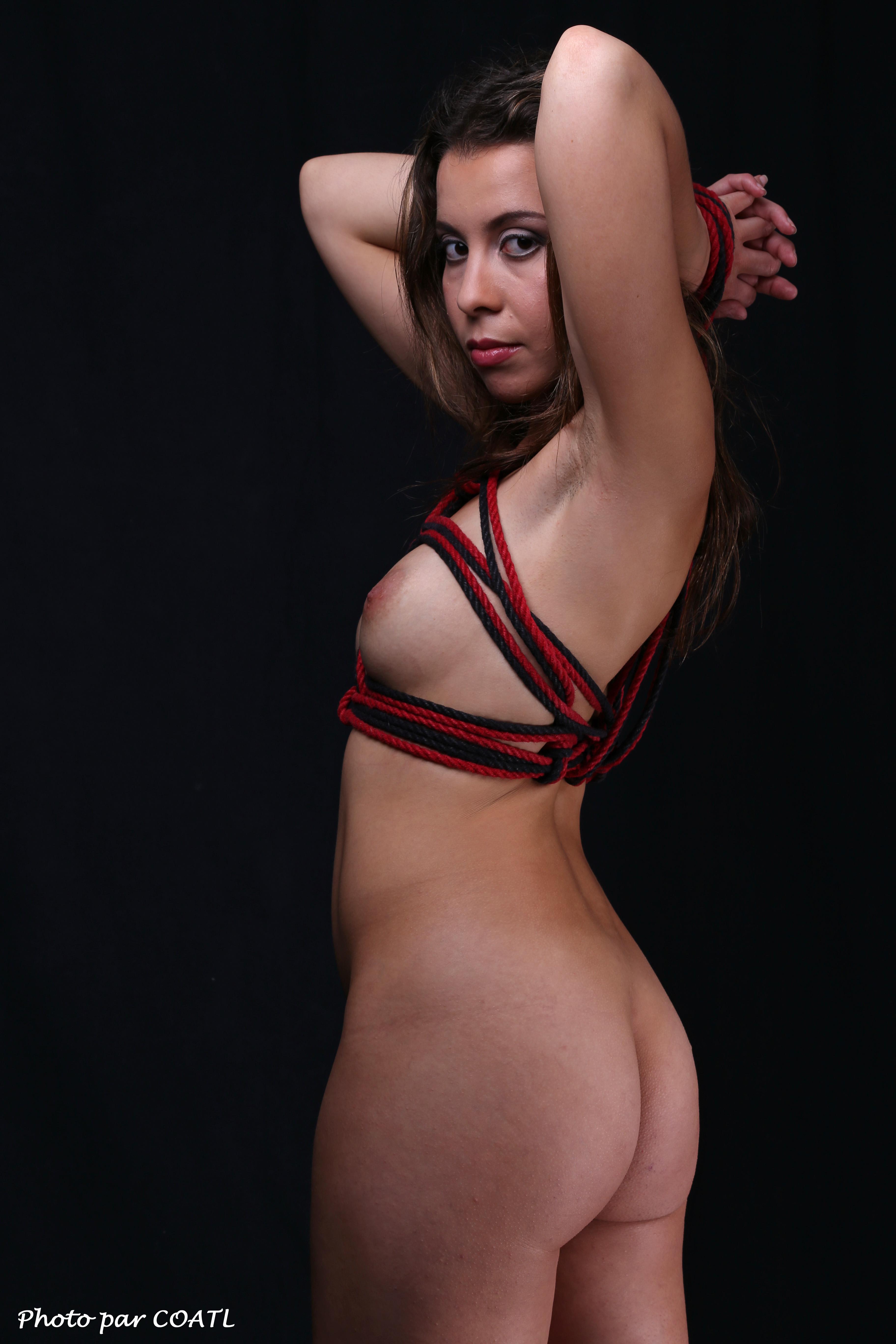 Aspasie en rouge & noir 6