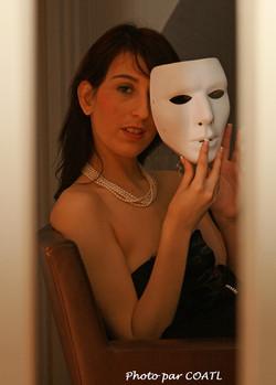 Lilou Sou tombe le masque
