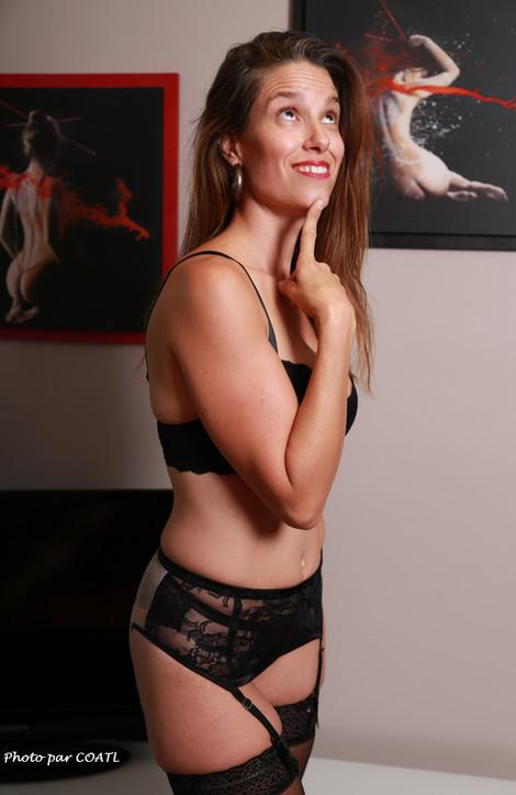 Emma, lingerie noir