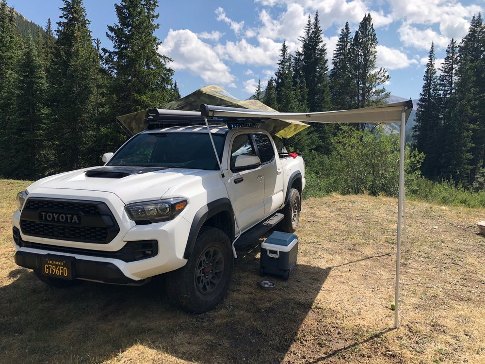 RackStarz Mobile Toyota Tacoma brings roof racks, car racks, bike racks, cargo boxes, and more to a customer's home for convenient installation