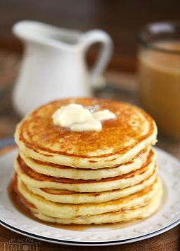 easy-fluffy-butterilk-pancakes-recipe.jpg