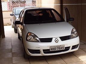 Renault Clio - Ano/Modelo 2009 - Branco
