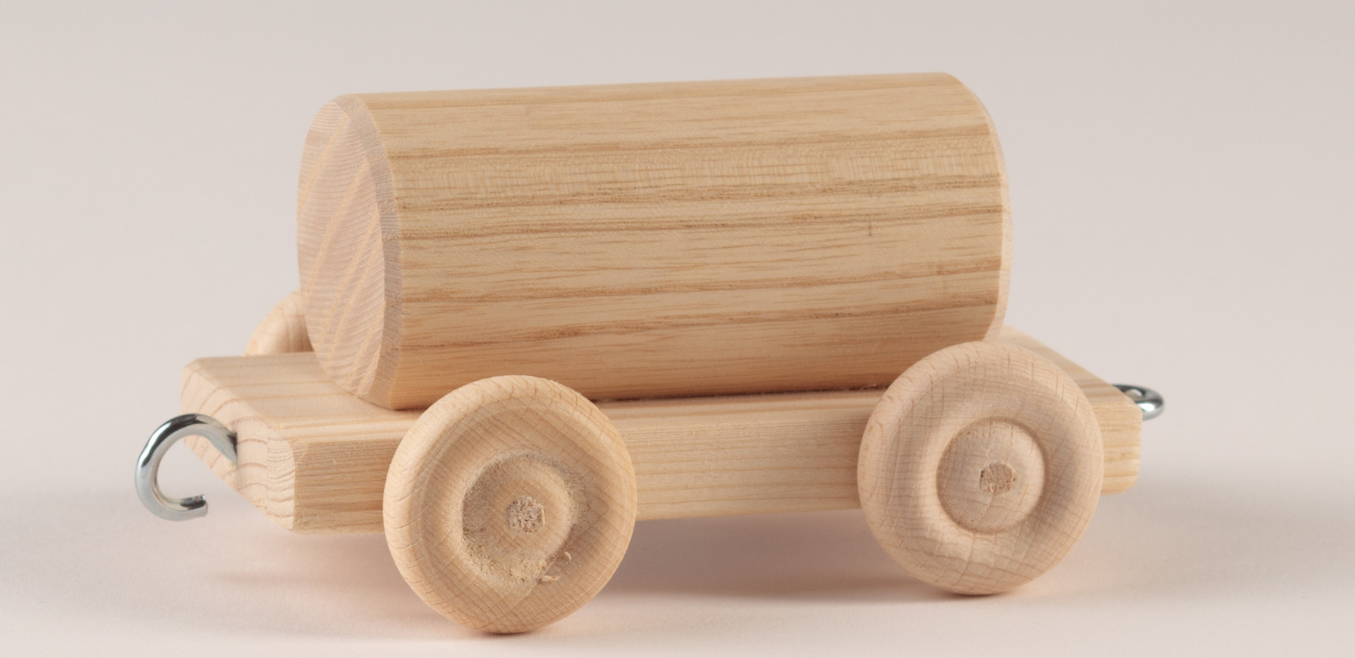 Holzspielzeug 8.jpg