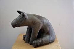 _Dynamische Entschädigung_, Steinzeug, schwarz, 1250, 2017, 22cm x 16cm x 30cm, (c) Olivia Weiß