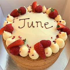 victoria birthday cake 1.jpg