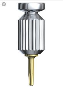 Мы начали производить отвертки лабораторные короткие и средние с ротационным элементом для всех осно