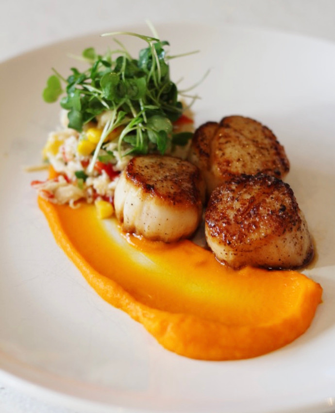 Pan Seared Scallops with Corn and Crab Salad