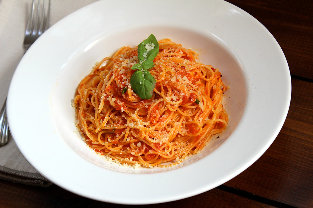 Spaghetti with Heirloom Tomato Sauce
