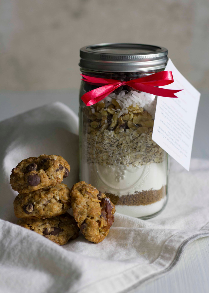 Christmas Gifts: Cookie Mix Jars