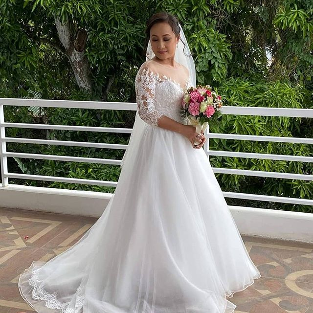 Tailor-made wedding dress for Chona in the Philippines