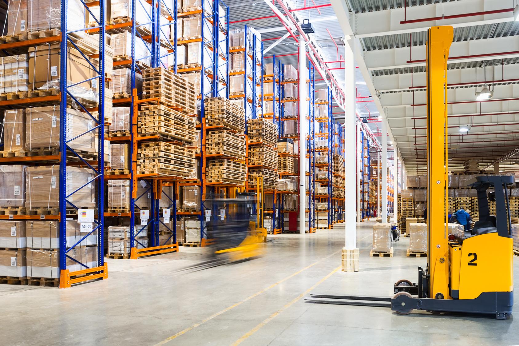 sowie bei Logistik und Vertrieb