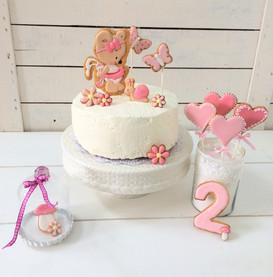 Sweet Table mit rosa Bärchenkeksen