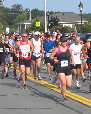 Privateer 5Mile Road Race start