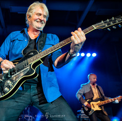 Tom Cochrane 2017
