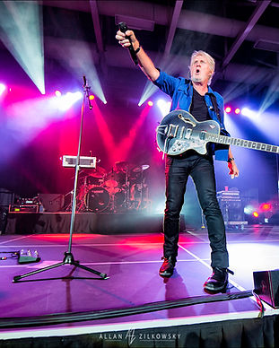 Tom Cochrane Queens Place June 2017