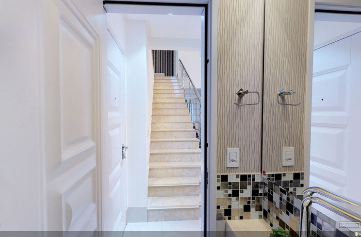 Lavabo vista para escada