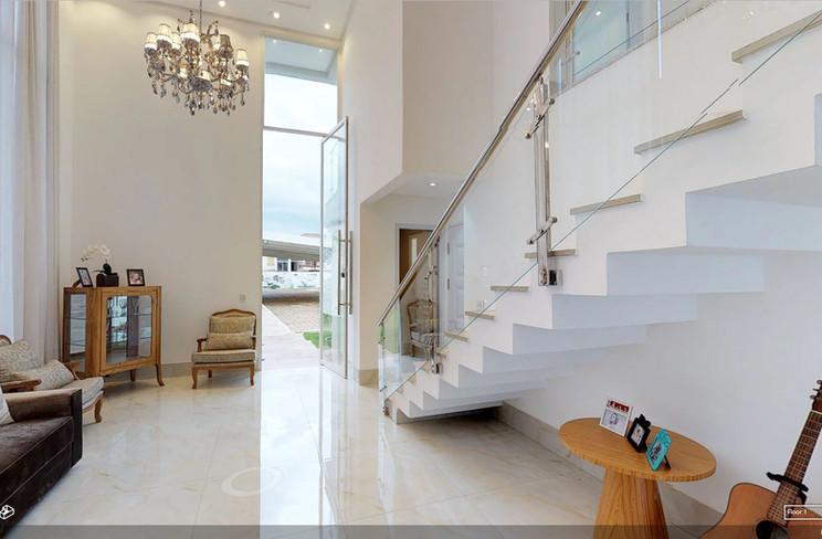 Sala de Estar / Escada