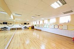 Просторный танцевальный зал