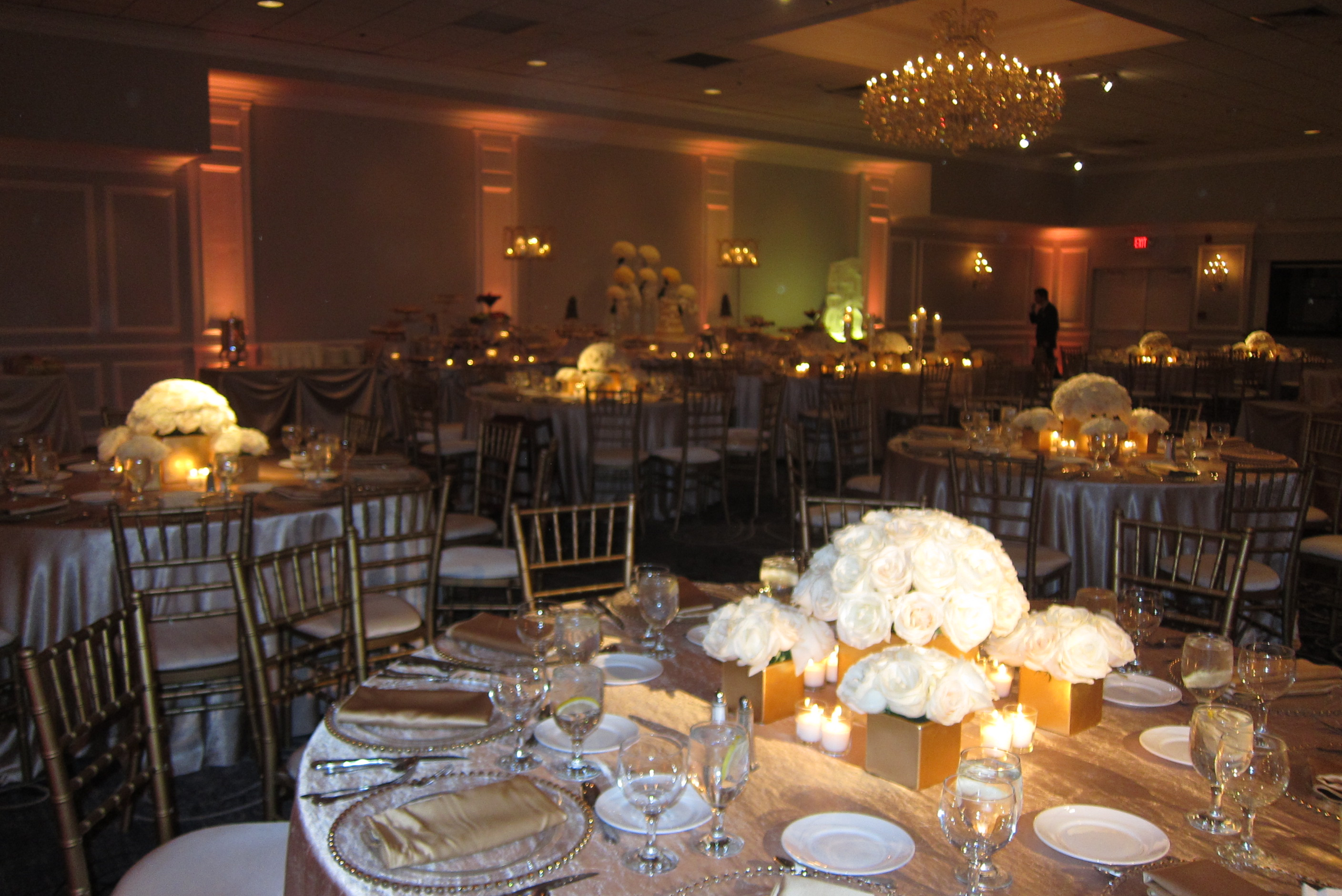 White & gold wedding amber lighting