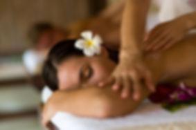 come-fare-il-massaggio-hawaiano_6ea18eee