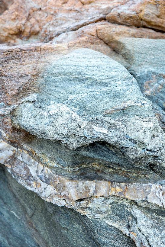 marine-bertoli-gemstones-charon-portfoli