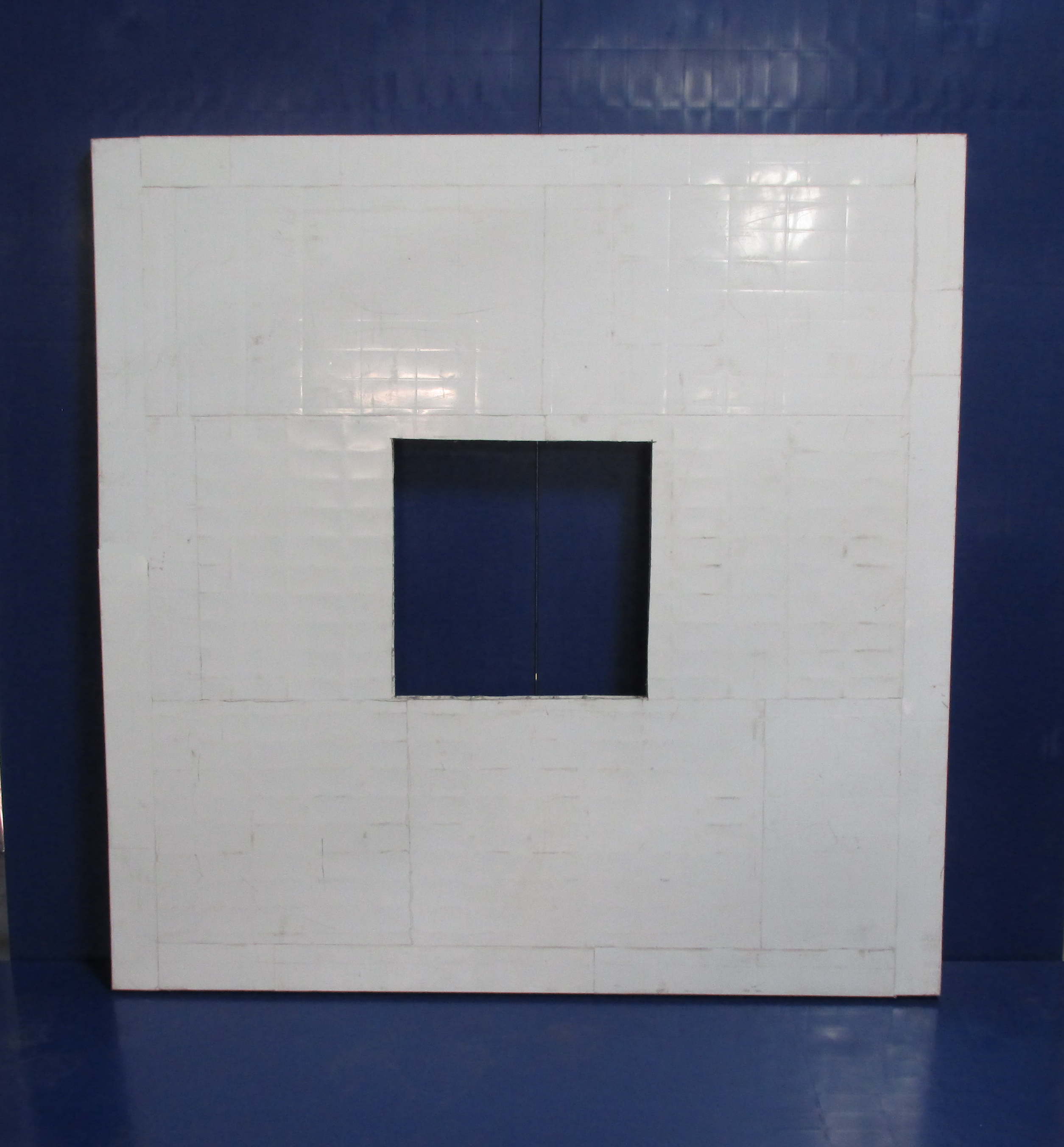 Pit cover with hole.png