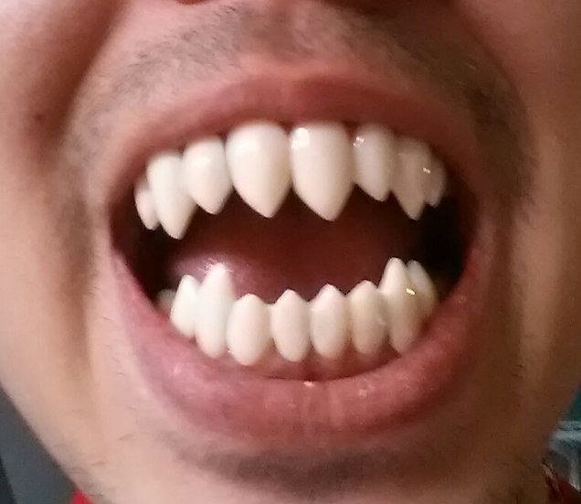 """Venom"" Style Fangs Full Mouth"