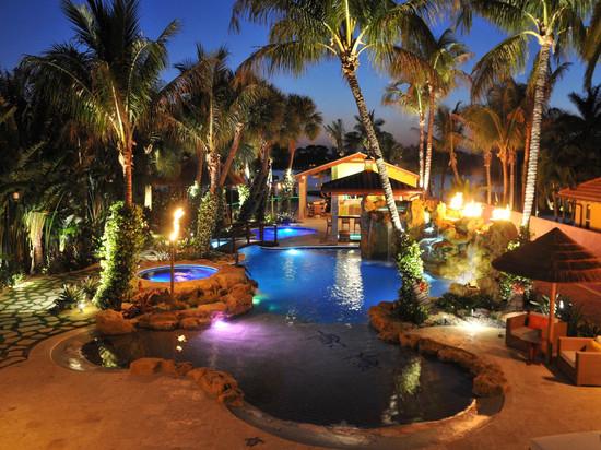 beautiful-lighting-design-for-swimingpool-1.jpg