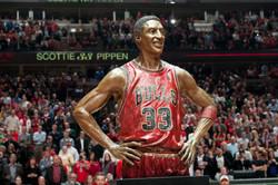 Scottie Pippen Statue