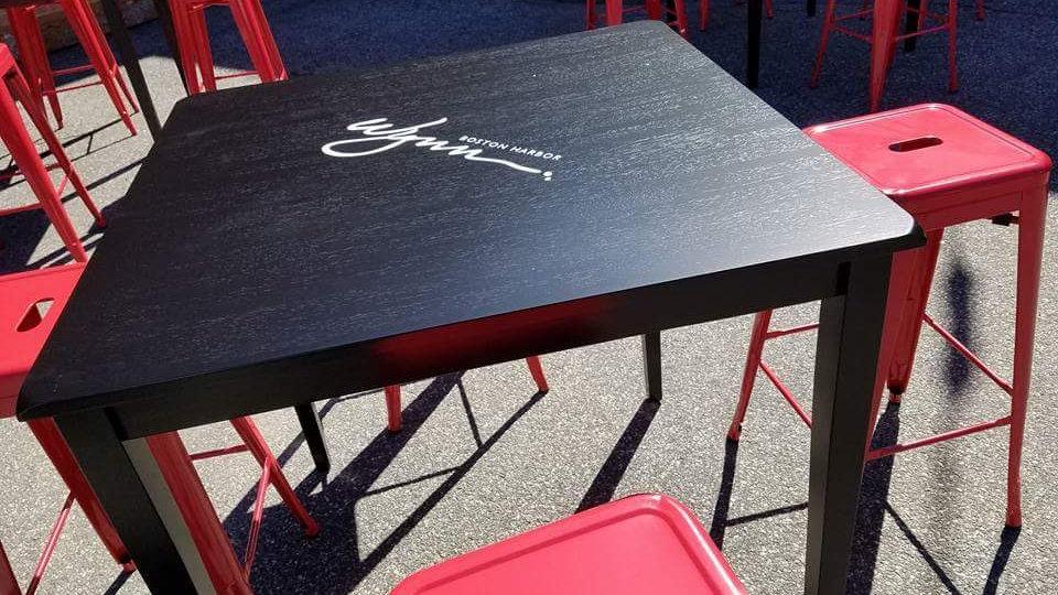 Black Pub Tables