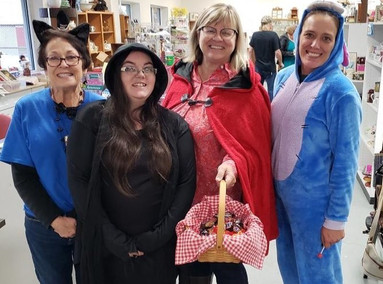 035a%20Halloween%20at%20ReStore%20Kingsp