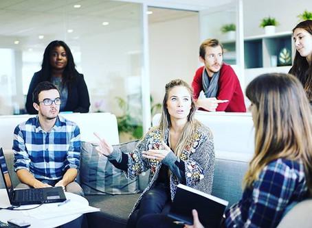 ¿Qué actitudes y cualidades deben manejarse en un espacio profesional y estudiantil? 👨🎓 5 Tips:
