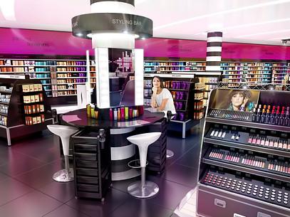 Sephora haussmann Styling Bar.jpg