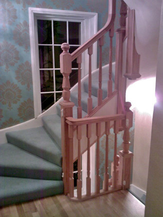 Oak staircase overlay in Regents park (L