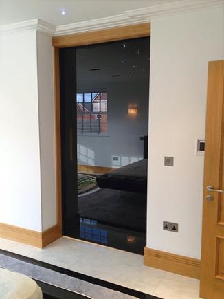 Wardrobe entrance sliding glass door