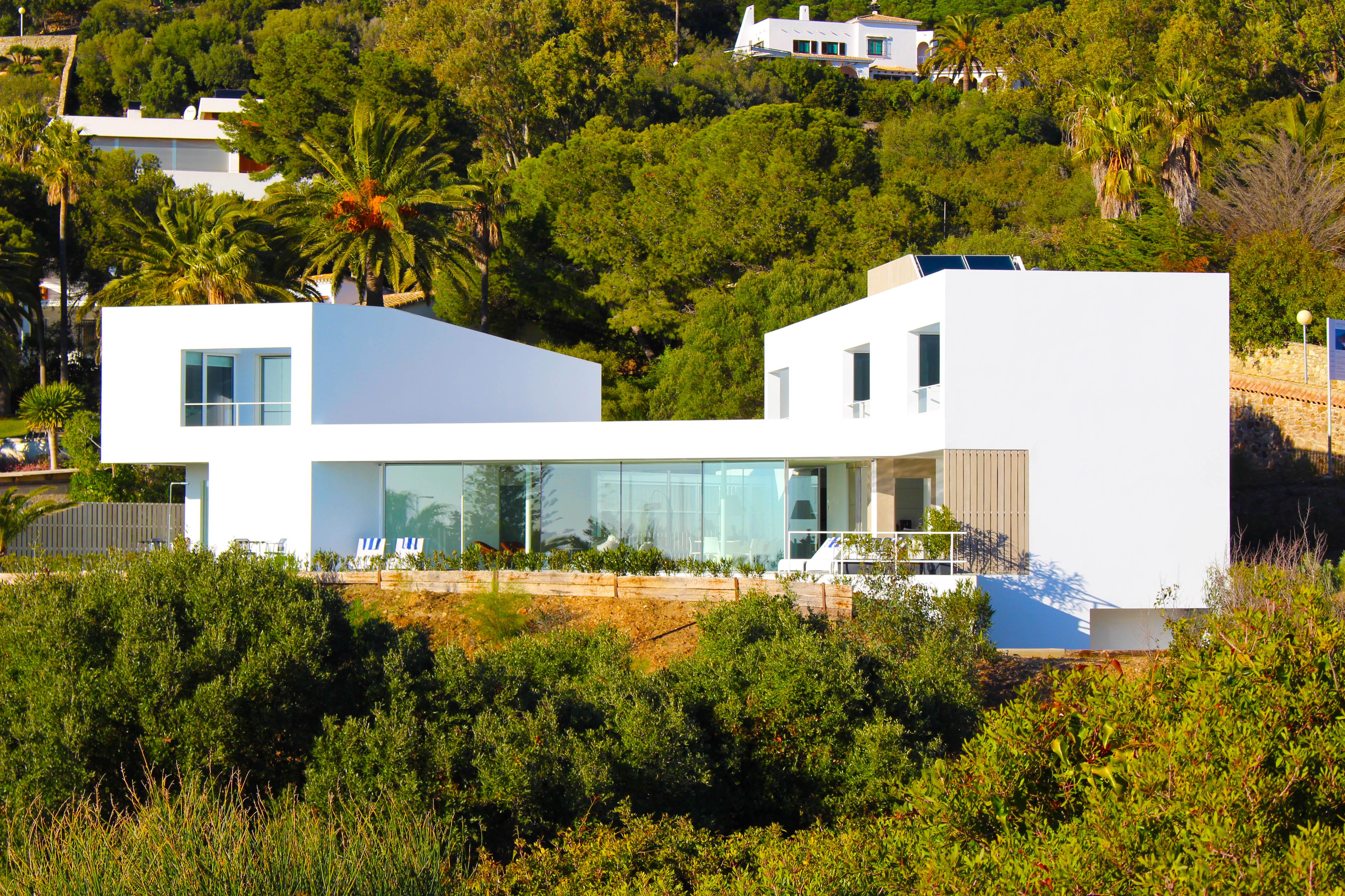 The Villa J9