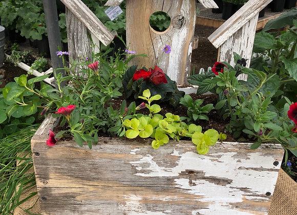 Birdhouse Planter PL0109