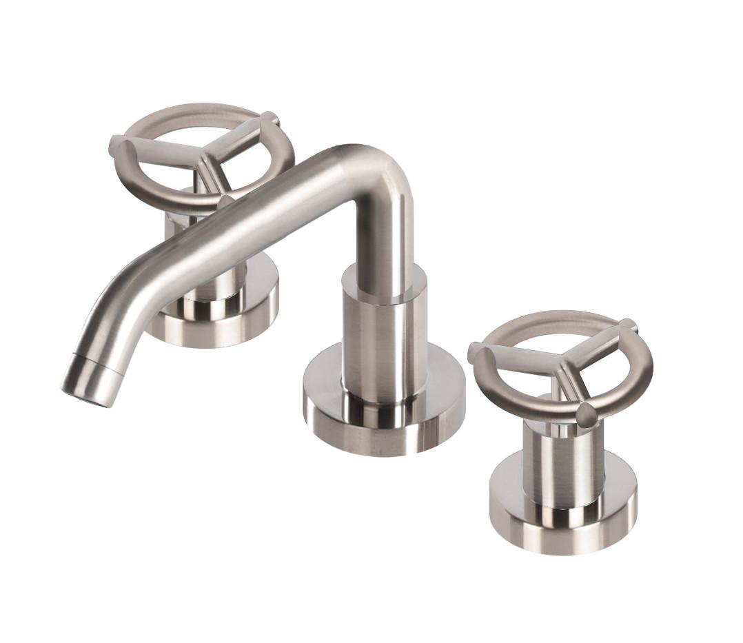 CignoQuadro-faucet11.jpg