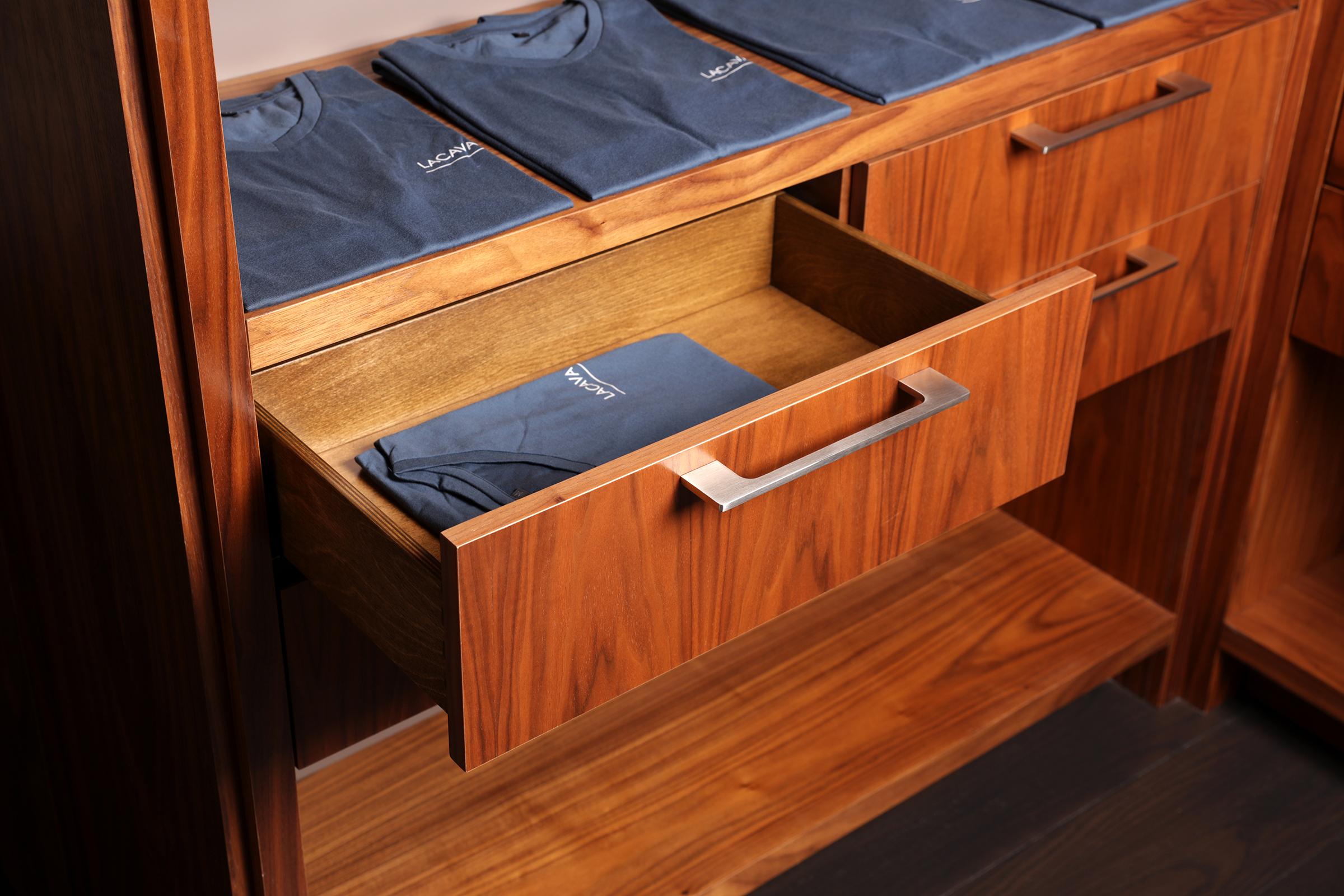 Closet-Drawer-3