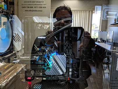 AMD Threadripper reflection of Adam Judis