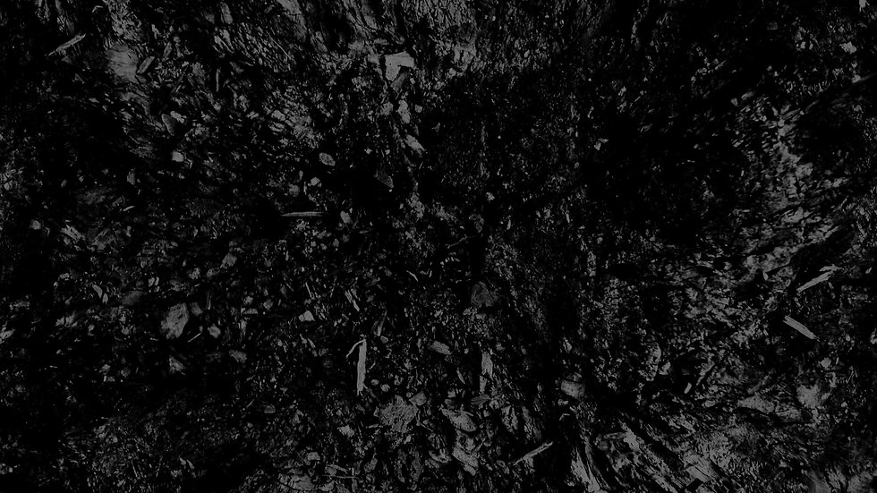 dark_black_and_white_abstract_black_back