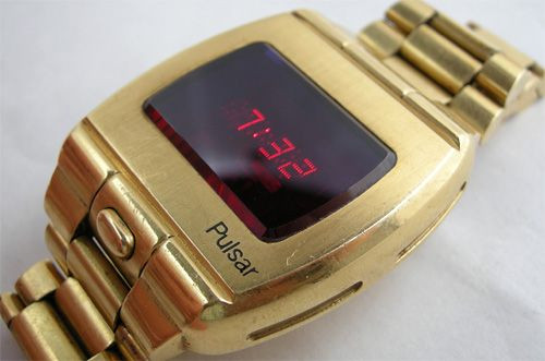 Evolution of smartwatch - Pulsar P1 Limited Edition (Year: 1972)