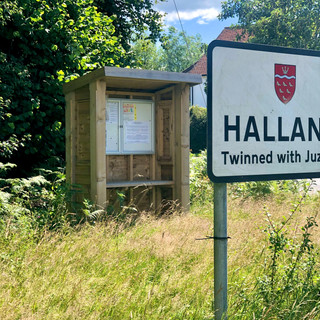 small bus stop halland _3quarter view an