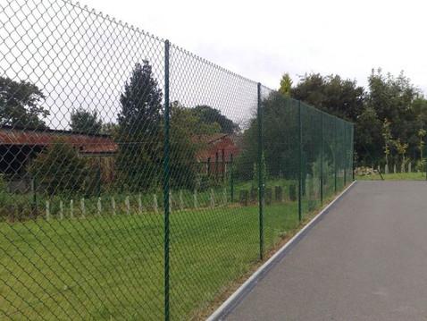 chainlink-fencing.jpg